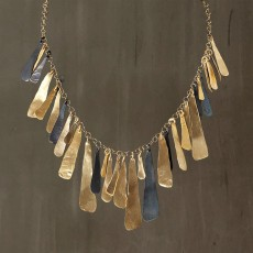 PIECES CASCADE NECKLACE