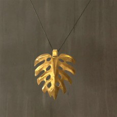 AFRICAN LEAF NECKLACE