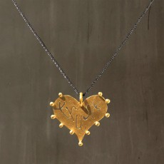 TRUST HEART NECKLACE