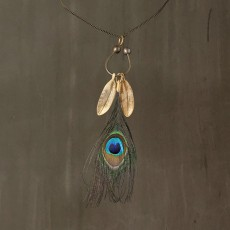 PEACKOCK FEATHER NECKLACE